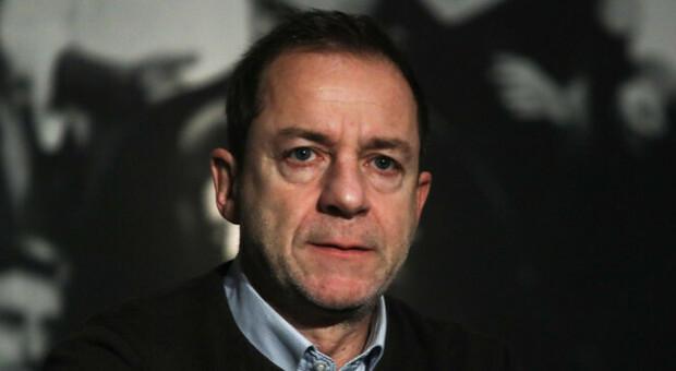 Grecia, arrestato per stupro l'ex direttore del Teatro nazionale: la vittima ha 14 anni. L'indagato nega le accuse