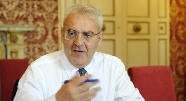 Macerata, il sindaco Carancini: «Solo slogan inutili. A me lasciano i cocci»