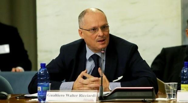Coronavirus, Ricciardi (Oms): «Per calcio e turismo tempi lunghi, ottimismo ingiustificato»