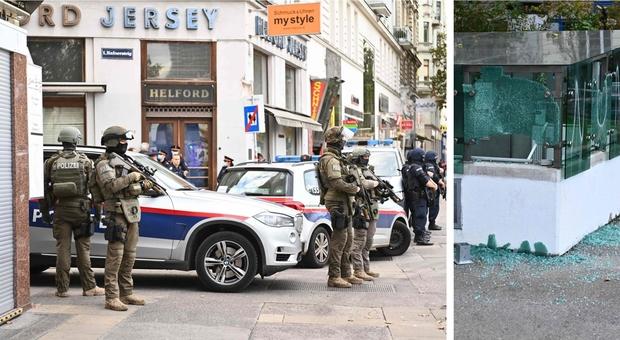 Vienna, attacco in sei punti della città: «Quattro morti, ucciso terrorista simpatizzante dell'Isis». Attentatori in fuga