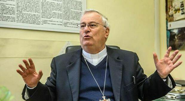 Covid, positivo il cardinale Gualtiero Bassetti. «Sta bene e vive il momento con coraggio». Controlli in Curia
