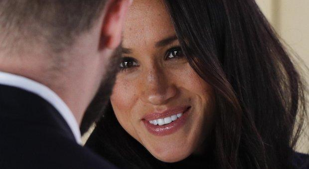 Harry e Meghan, prima uscita ufficiale a Nottingham: prove di look e la possibile data delle nozze