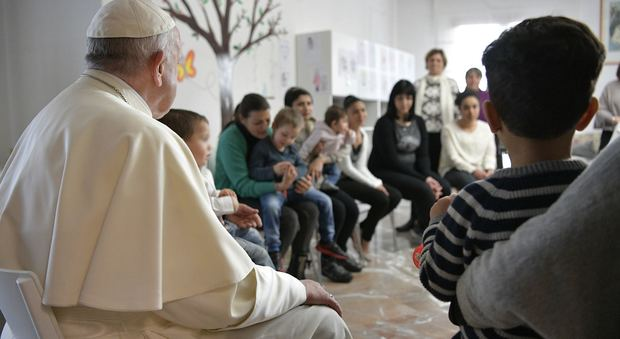Il Papa all'Eur va a trovare le mamme detenute e i loro bambini