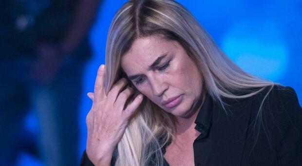Lory Del Santo il racconto choc: «Io picchiata e abusata. È stato un'incubo»