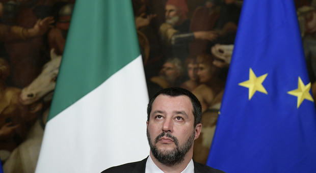 MIGRANTI - Salvini: