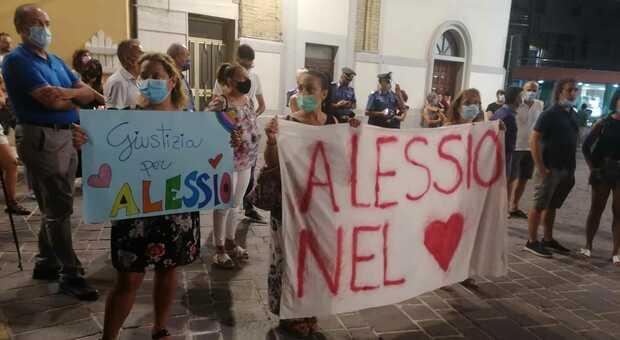 Giovane ufficiale sparito dalla nave da crociera, la famiglia chiede la verità per Alessio Gaspari
