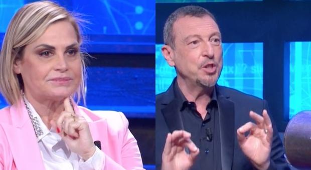I Soliti Ignoti, la domanda di Simona Ventura che imbarazza Amadeus. Fan increduli: «Ma che dice?»
