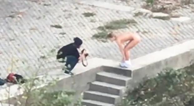 sesso con rosse donne nude video