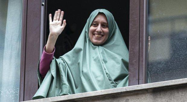 Silvia Romano, riscatto pagato in Qatar. C'è l'ipotesi scorta per gli insulti