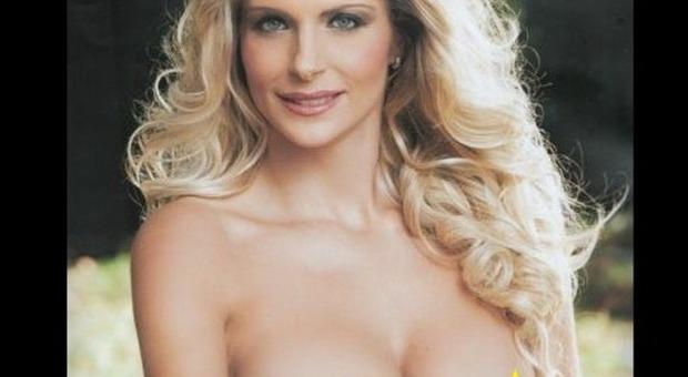 Nuda Calendario.Francesca Cipriani Nuda E Sexy Sul Calendario 2015
