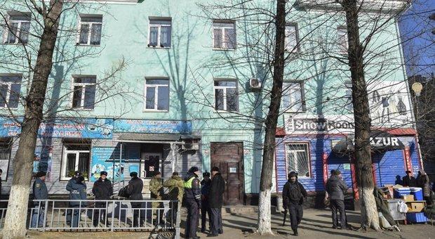 Russia, studente spara a scuola e si suicida: due morti e tre feriti
