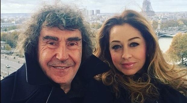 Barbara D'Urso in lacrime, abbraccio a Tiziana Giardoni, vedova di Stefano d'Orazio. Bufera in diretta: «Allora anche noi»