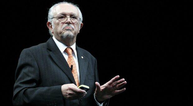 Addio a Mario Molina, il primo chimico che lanciò l'allarme sul buco dell'ozono