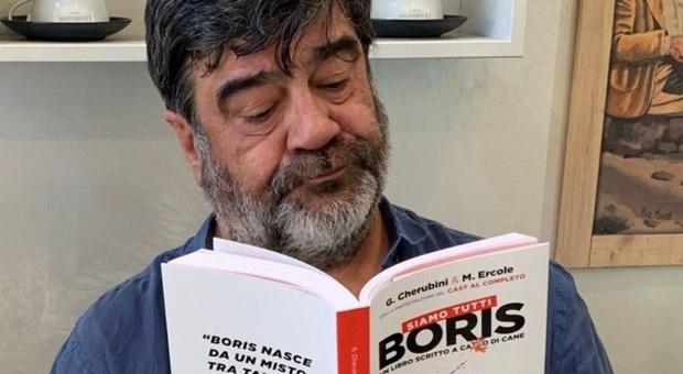 """Ecco """"Siamo tutti Boris"""" il libro sulla serie tv. Opera dedicata a Mattia Torre"""