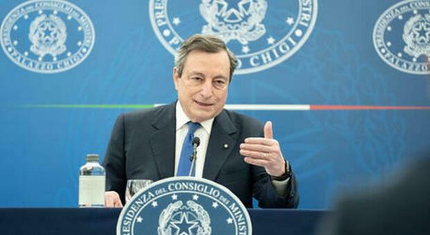 Draghi stoppa Letta: «Non è il momento di prendere soldi ai cittadini»