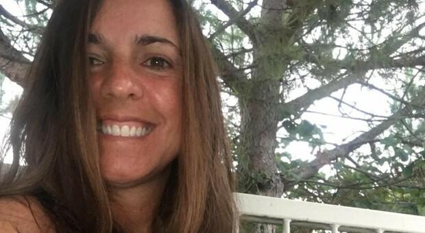 Paola Soragni, consigliera M5S di Reggio Emilia: «Ho paura del vaccino, non lo farò». E il Comune la lascia fuori