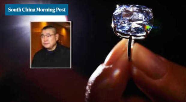 Blue Moon, il diamante pagato 48,4 milioni di dollari (South china Morning Post)