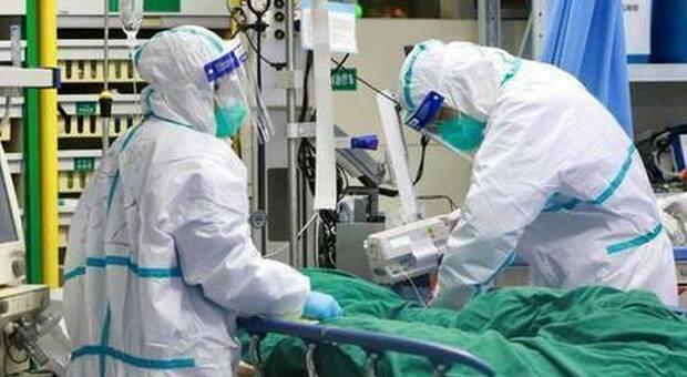 dottori in reparto Covid