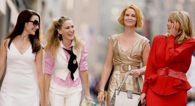 Sex and the city, nuova fiction per i 50 anni di Carrie e amiche: Sarah Jessica Parker ci sarà?