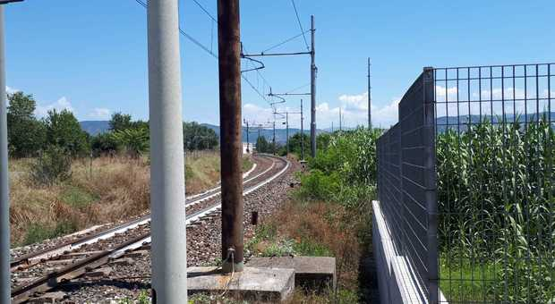 Uomo muore investito da un treno regionale nel comune di Tivoli: forse un suicidio - Il Messaggero