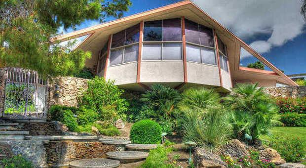 Un'immagine della villa in cui abitarono per un anno Elvis e Priscilla Presley (blog.casa.it)