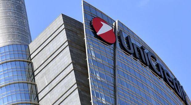 Unicredit, in Italia 6mila esuberi e 450 filiali chiuse.