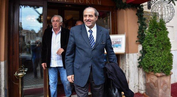 Lannutti con Di Pietro da Grillo: non ritira la candidatura alla presidenza della commissione banche