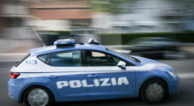 Latina, affiliato al clan Di Silvio arrestato dalla Squadra Mobile: reati contro il patrimonio e armi