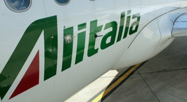 Alitalia, il marchio all asta: «Si parte da 290 milioni»