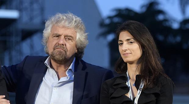 Beppe Grillo a Raggi: «Virgì, la città nun te merita». Poi l'affondo ai romani: «Gente di fogna»