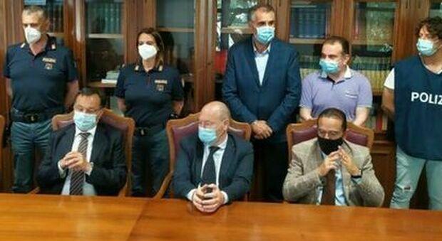 La conferenza stampa della Procura