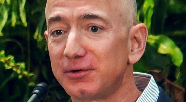 """Il Coronavirus manda in rosso tutti i """"Paperoni"""" tranne Bezos e Musk"""