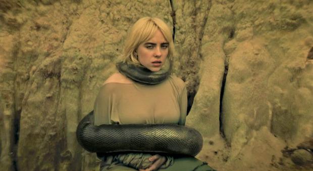 Billie Eilish nel video