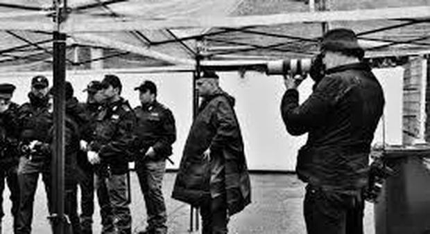 Calendario Ilary Blasi 2020.L Aquila Calendario 2020 Della Polizia Di Stato In Favore