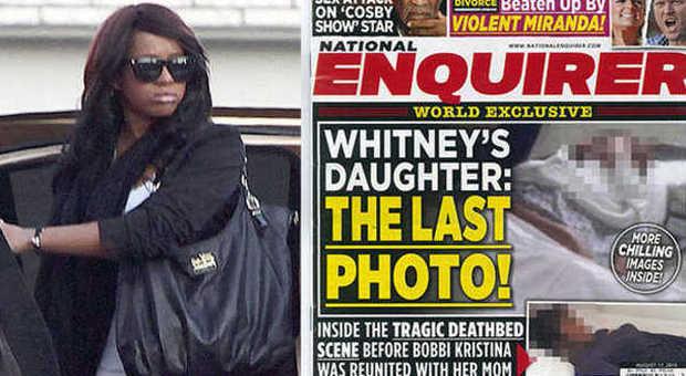 """""""Bobbi Kristina sul letto di morte"""", la foto choc. La figlia di Whitney sepolta accanto alla mamma"""