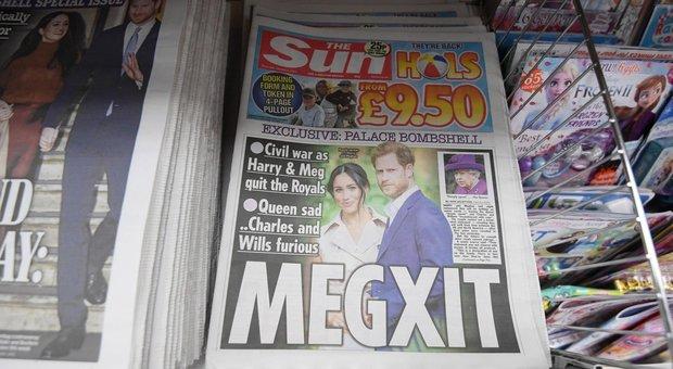 Harry e Meghan autonomi, ma senza rinunciare ai 2 milioni di appannaggio: Elisabetta furiosa