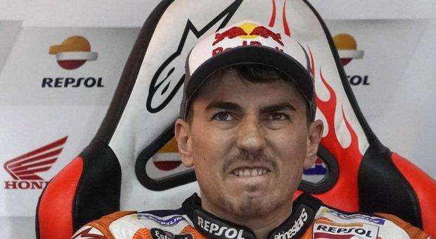 Moto Gp, Lorenzo annuncia il ritiro. «Non posso più vincere, questa è la mia ultima corsa»