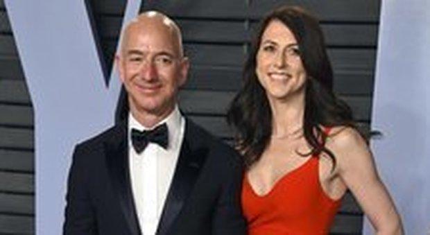 Jeff Bezos, lo scoop del tabloid vicino a Trump. «Ha un'amante»