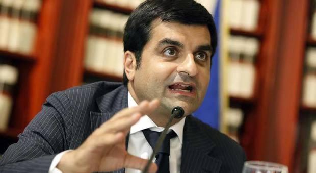 Corruzione, il pm Palamara indagato scuote la corsa alla procura di Roma