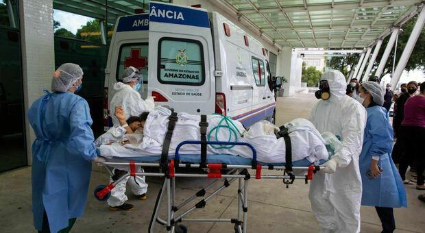 Il Covid sta uccidendo migliaia di donne incinta e bambini in Brasile