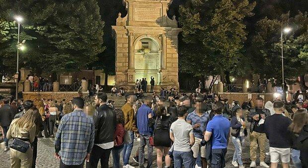 Roma, movida violenta: a piazza Trilussa arrestati 4 giovani per rissa a notte fonda