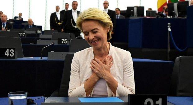Von der Leyen, via allo spoglio del voto. No dei sovranisti, Lega: «È la degna erede di Junker»
