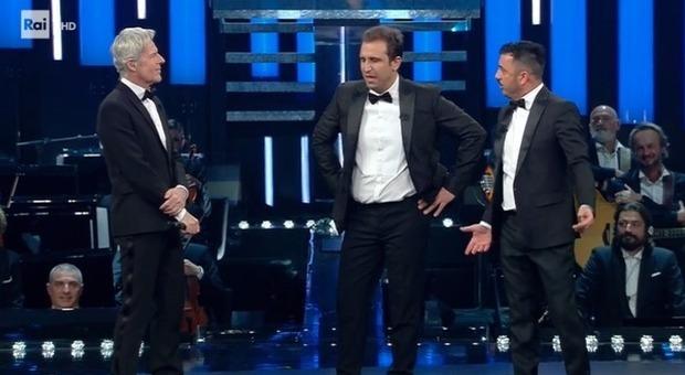 Sanremo 2019, Pio e Amedeo show all'Ariston: «Piccolo grande amore ha rotto u caz***»