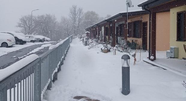 L'angoscia degli anziani terremotati a Camerino, disagi enormi per il Covid-19 e per la neve di stanotte