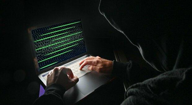 Vaccini Lazio, sito per le prenotazioni di nuovo attivo. Zingaretti: «Ripartiamo dopo attacco hacker»