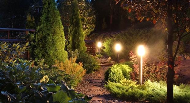 Illuminazione da giardino soluzioni moderne per ambienti outdoor