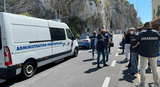 Saman Abbas, consegnato il cugino alle autorità italiane: continuano le ricerche del corpo nelle campagne