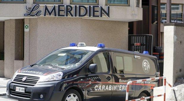 Carabiniere ucciso, trovate tracce di sangue nella stanza d'albergo dei due americani