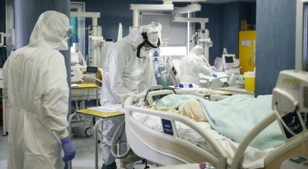 No-vax, a Treviso in due finiscono in terapia intensiva: una ha preso il virus dalla figlia (anche lei contraria al vaccino)