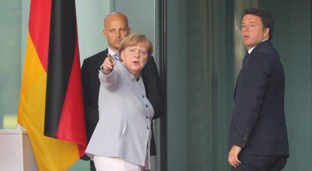 Brexit, Merkel: «Nessun colloquio prima di richiesta formale di uscita»